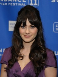 file_23_8221_ultimate-prom-hairstyles-zooey-deschanel-04