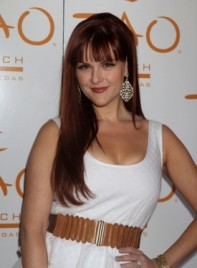 file_59687_sara-rue-long-bangs-straight-romantic-red-275