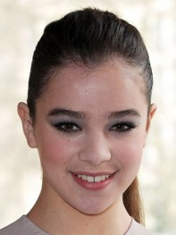 file_9_8391_new-eye-makeup-looks-hailee-steinfeld-08