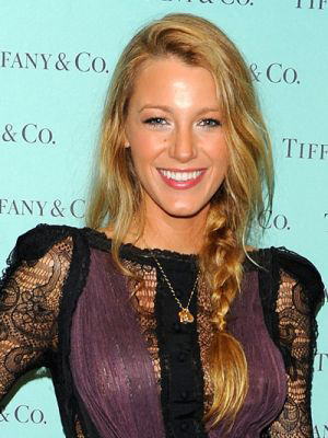 easy braided hairstyle on blake lively