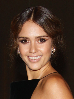 jessica alba oval face shape makeup