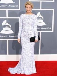 file_6_10121_grammy-awards-2012-carrie-underwood