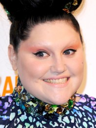 file_19_11021_worst-celeb-eyebrows-Beth-Ditto