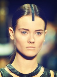 file_11_11381_fashion-week-hair-flair-10