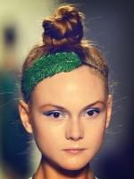 file_40_11381_fashion-week-hair-flair-11