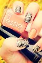 file_135_11741_grab-bag-london-essie