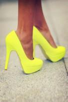 file_138_11741_grab-bag-yellow-heels