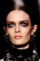 file_26_13751_br-fall-makeup-trends-01