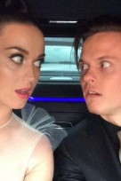 file_79_14081_behind-the-scenes-grammys-kate-perry