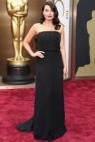 file_94_14101_09-beautyriot-logo-oscars-dresses