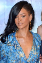 file_133_14341_rihanna-hairstyles-shaved-side