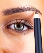 10-secrets-I-learned-at-makeup-artist-school-09