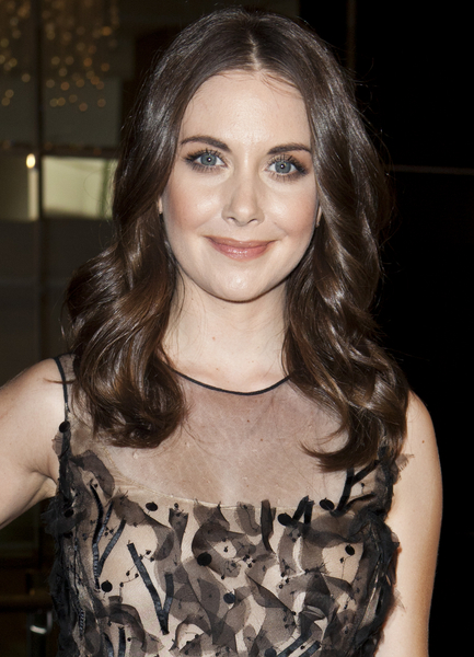 Alison Brie's Medium, Wavy, Party, Brunette Hairstyle