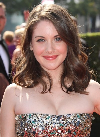 Alison Brie Medium, Wavy, Romantic, Brunette Hairstyle