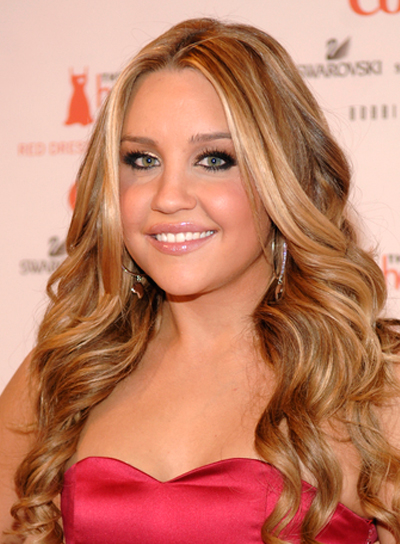 Long curly hairstyles with highlights beauty riot amanda bynes long curly blonde hairstyle with highlights pmusecretfo Image collections