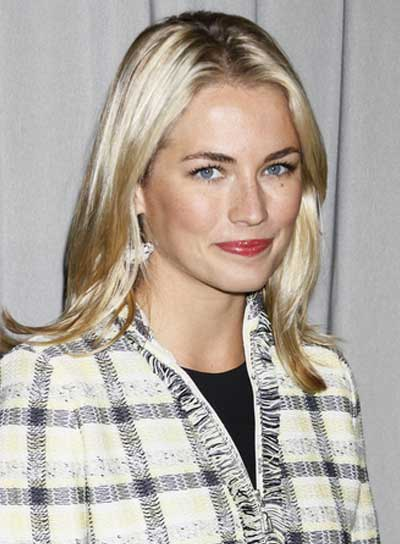 Amanda Hearst Medium, Straight, Blonde Hairstyle
