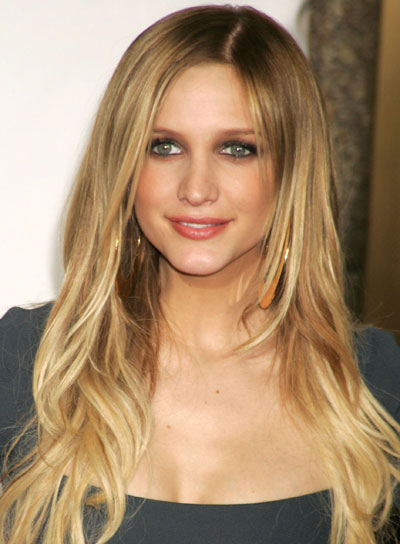 Ashlee Simpson Long, Tousled, Blonde Hair
