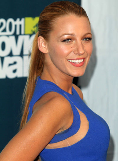 Blake Lively Straight, Sophisticated Ponytail