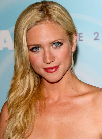 Brittany Snow Blonde, Romantic Hairstyle