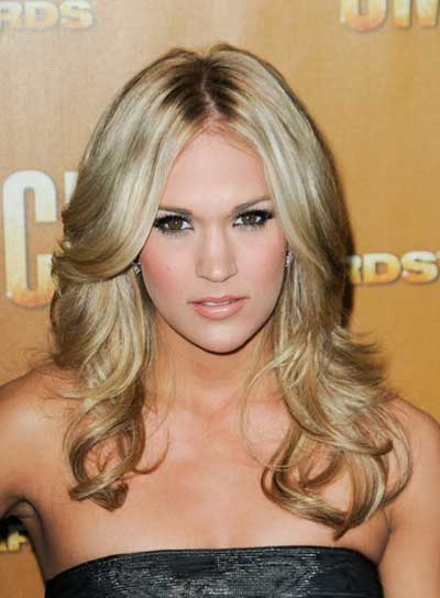 Carrie Underwood Curly, Blonde Hairstyle