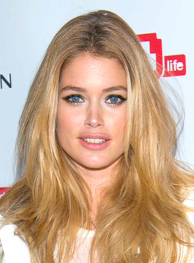Doutzen Kroes' Long, Blonde, Wavy, Tousled Hairstyle