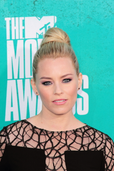 Elizabeth Banks Formal, Chic, Blonde, Updo Hairstyle