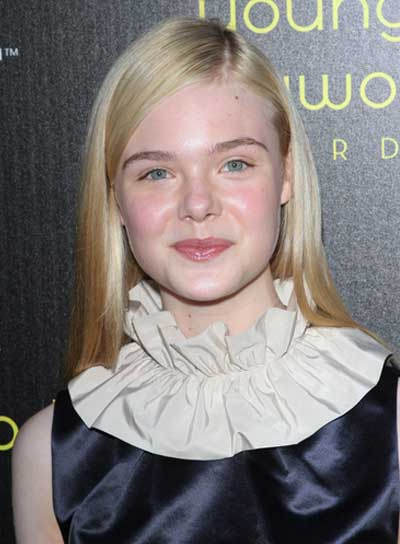 Elle Fanning Straight, Blonde Hairstyle