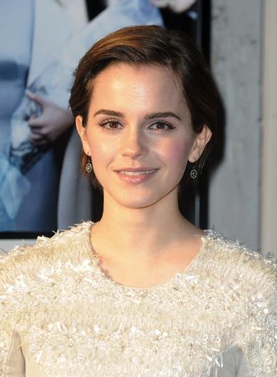 Emma Watson Short, Chic, Brunette Hairstyle