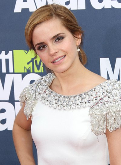 Emma Watson Short, Romantic, Blonde Hairstyle
