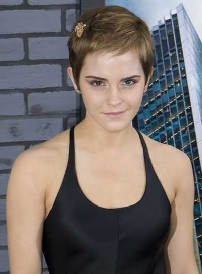 Emma Watson Short, Chic, Brunette, Straight Hairstyle