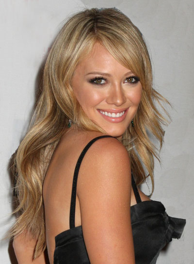 Hilary Duff Long, Blonde, Wavy Hairstyle with Bangs