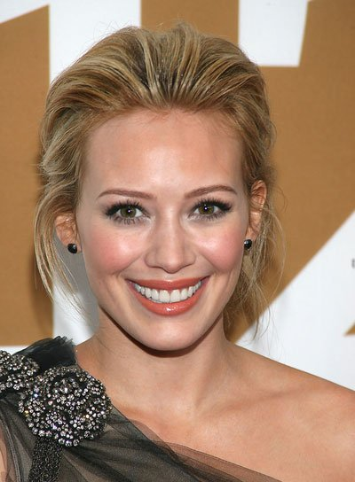 Hilary Duff Straight, Chic, Blonde Updo