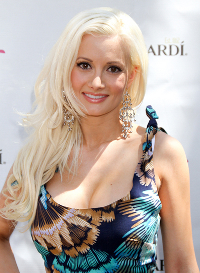 Holly Madison Blonde, Layered Hairstyle