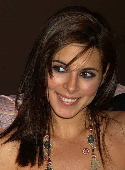 Jamie-Lynn Sigler Medium, Brunette Hairstyle with Bangs