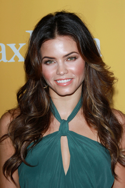 Jenna Dewan's Long, Wavy, Romantic, Brunette Hairstyle