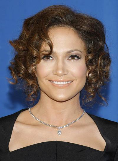 Jennifer Lopez Brunette, Curly Updo