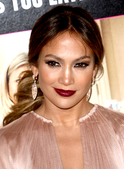 Jennifer Lopez Sexy, Romantic, Brunette Ponytail Hairstyle