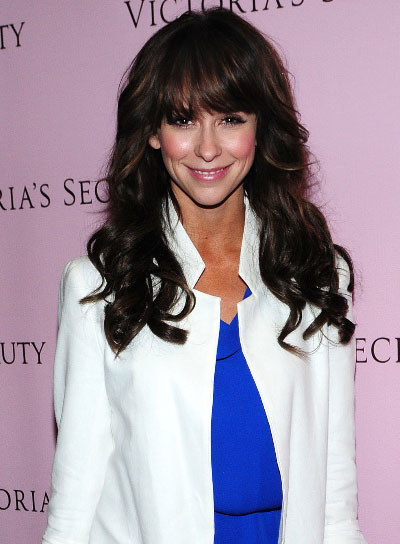 Jennifer Love Hewitt Long, Wavy, Brunette Hairstyle with Bangs