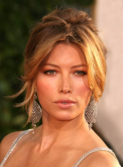 Jessica Biel Updo for Square Faces