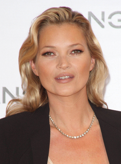 Kate Moss Medium, Wavy, Sophisticated, Chic, Blonde Hairstyle