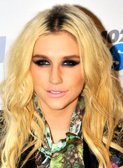 Ke$ha's Long, Wavy, Tousled, Blonde Hairstyle