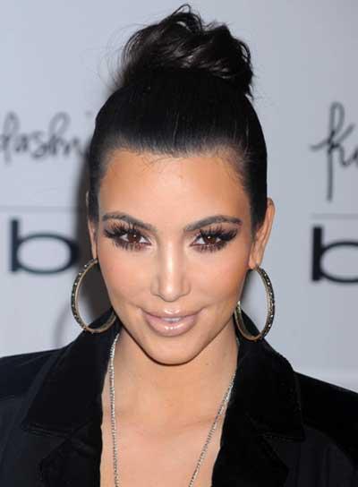 Kim Kardashian Curly, Black Updo