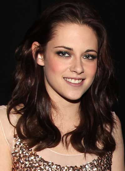 Kristen Stewart Wavy, Tousled, Romantic Hairstyle