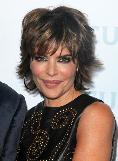 Lisa Rinna Short Layered Brunette Hairstyle With Bangs And Highlights