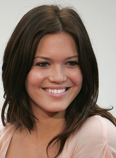 Mandy Moore Long, Brunette, Straight Hairstyle