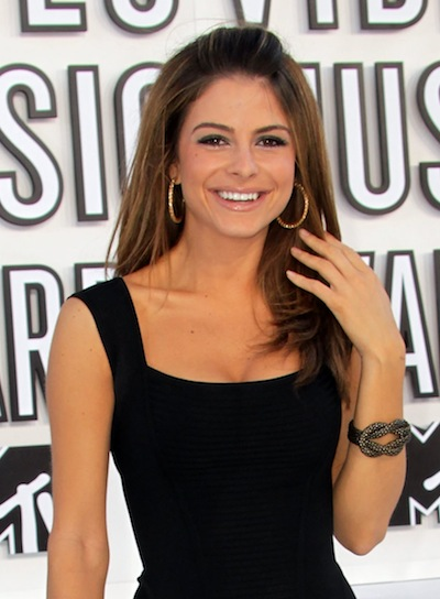 Maria Menounos Straight, Romantic, Brunette Hairstyle