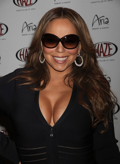 Mariah Carey Long, Sexy, Brunette Hairstyle with Highlights