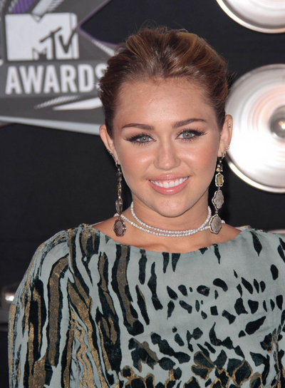 Miley Cyrus Chic, Brunette Ponytail with Highlights
