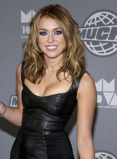 Miley Cyrus Medium, Wavy, Tousled Hairstyle