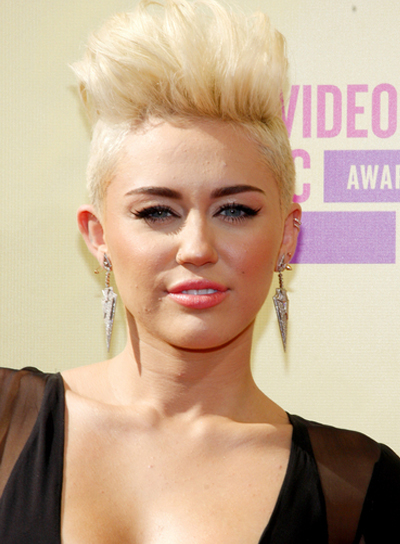 Cool Short Edgy Blonde Hairstyles Beauty Riot Short Hairstyles For Black Women Fulllsitofus